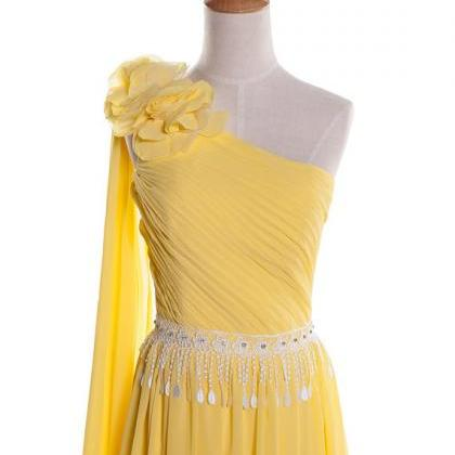 One shoulder yellow chiffon and ivo..